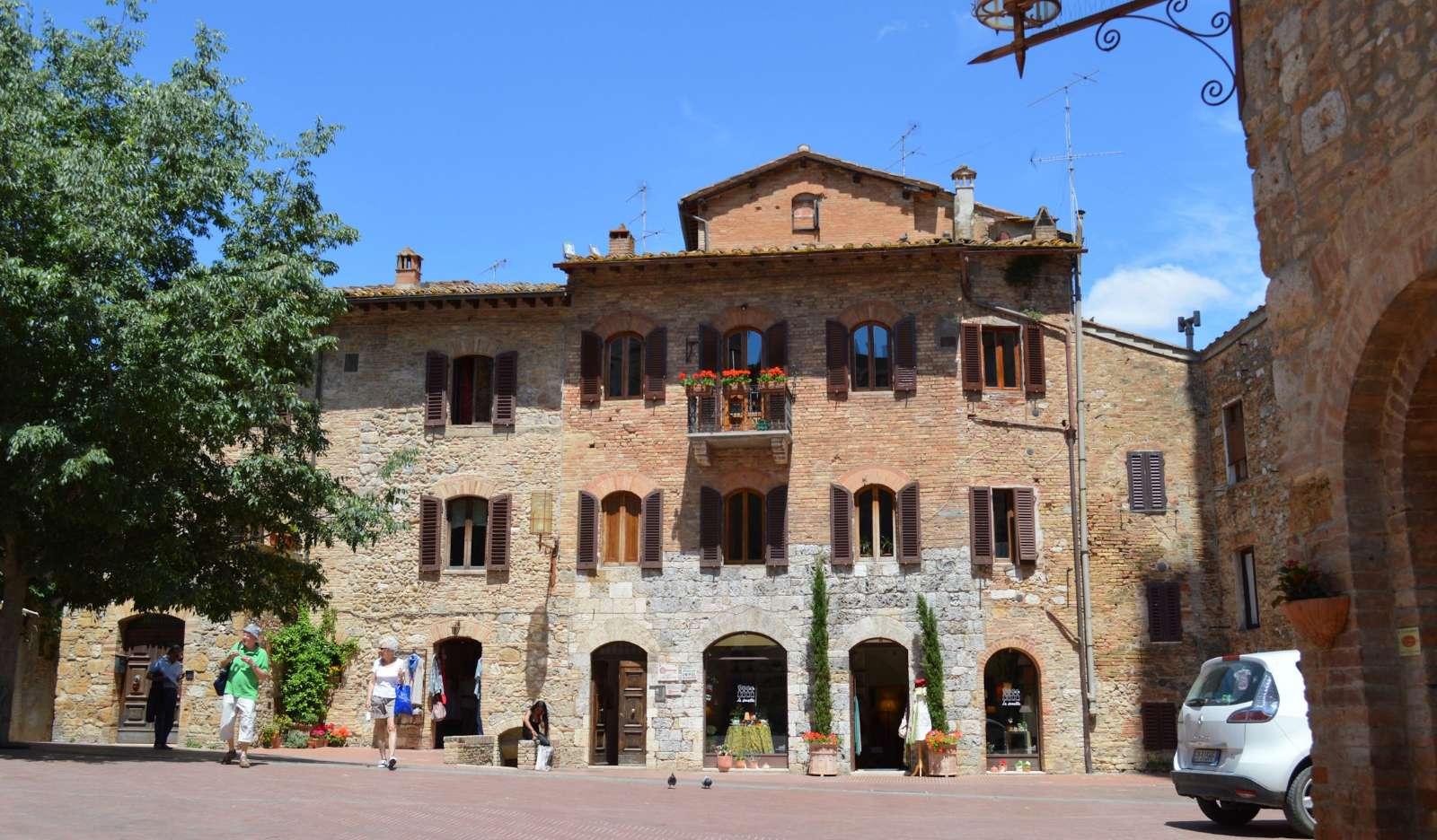 Gadelivet i San Gimignano