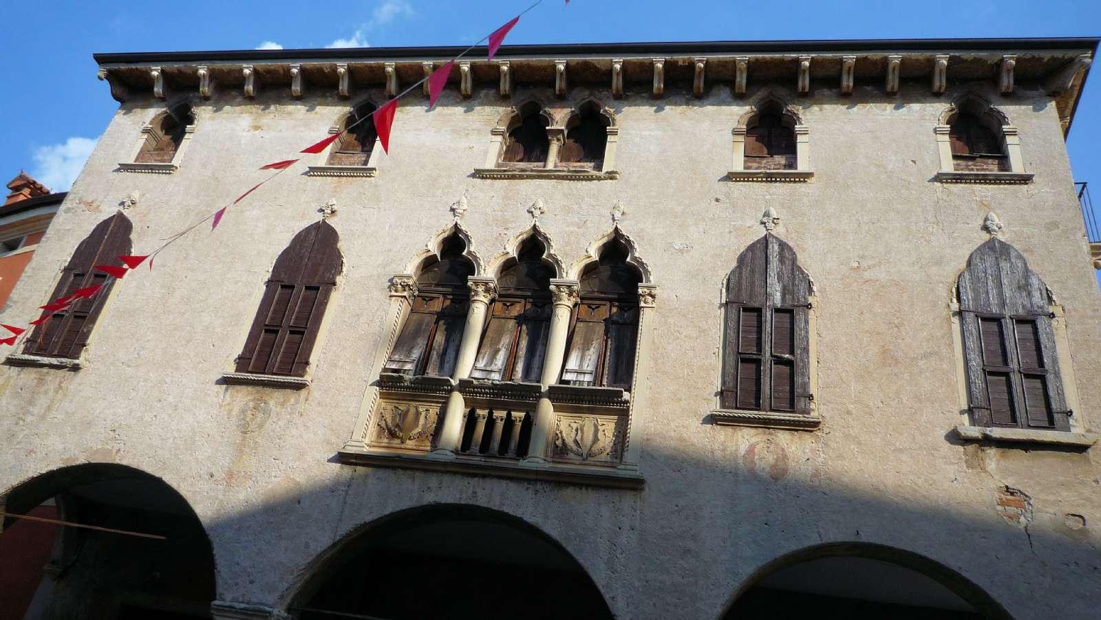 Palace Soave