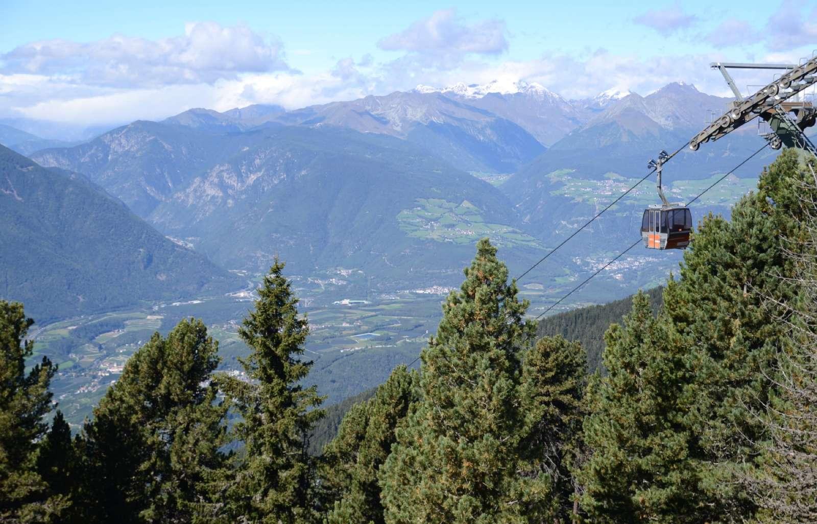 Le téléphérique qui vous conduira à Plose (1067m. d'altitude)