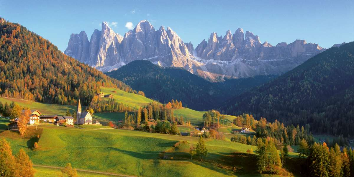 Dolomiternas många vackra toppar