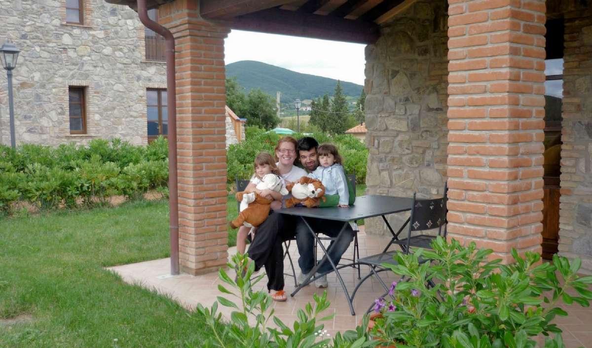 Mascia og Ovidio med deres børn