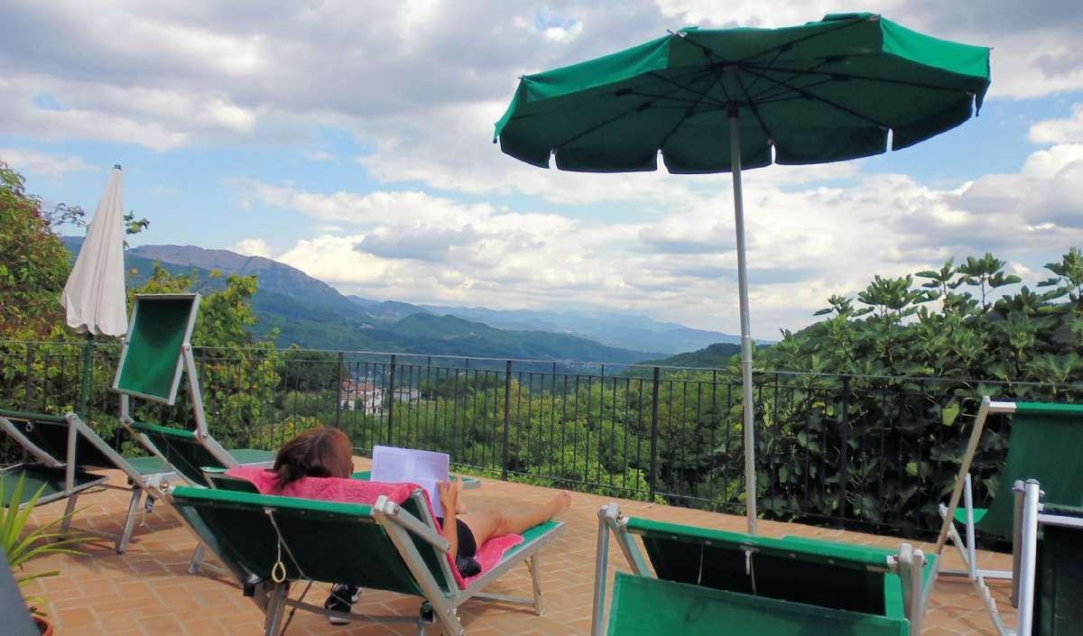 Fælles terrasse med udsigt