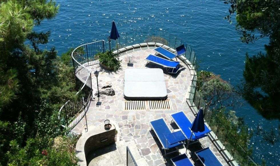 Stay in a Bed and Breakfast on the Amalfi Coast with In Italia.