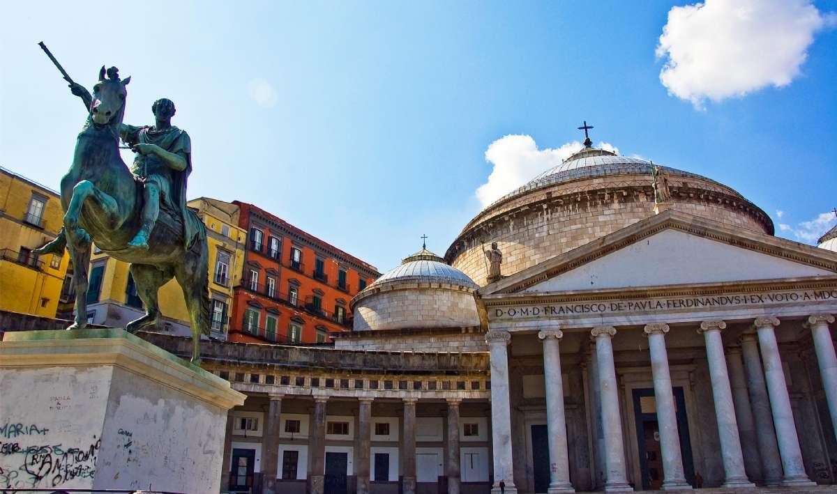 Piazza Plebiscito i Napoli