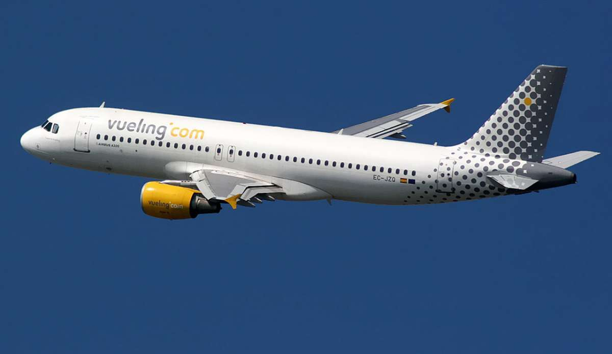 Res med flygbolaget Vueling till Italien