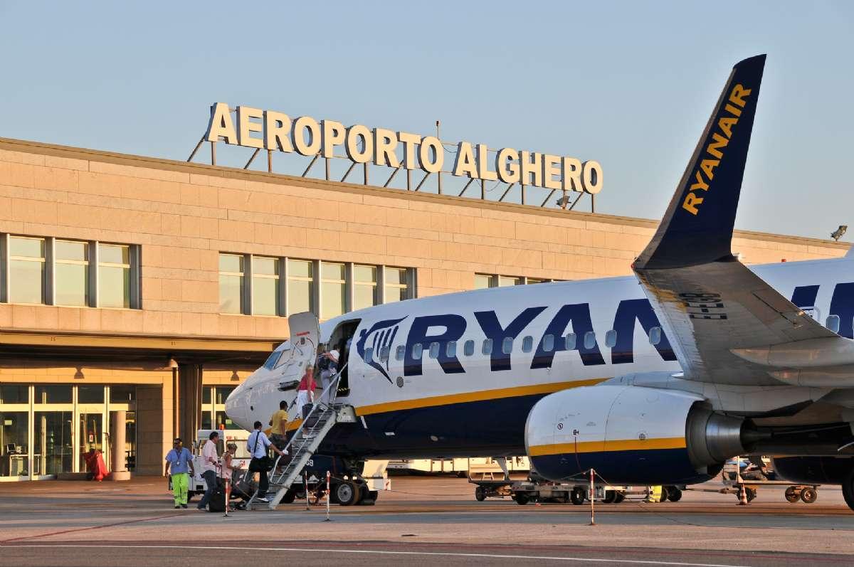Alghero flygplats på Sardinien.