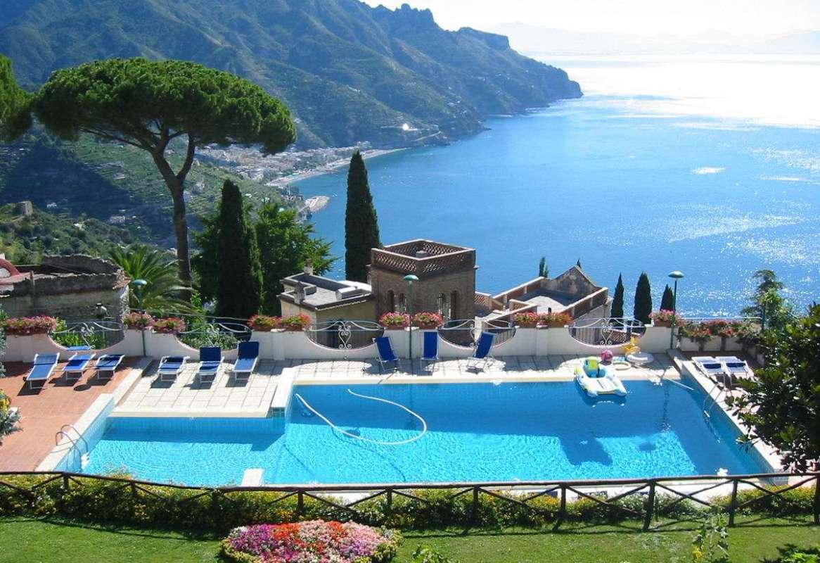 Lej en villa på Amalfikysten med In-Italia. Her Residence Villa Casale.