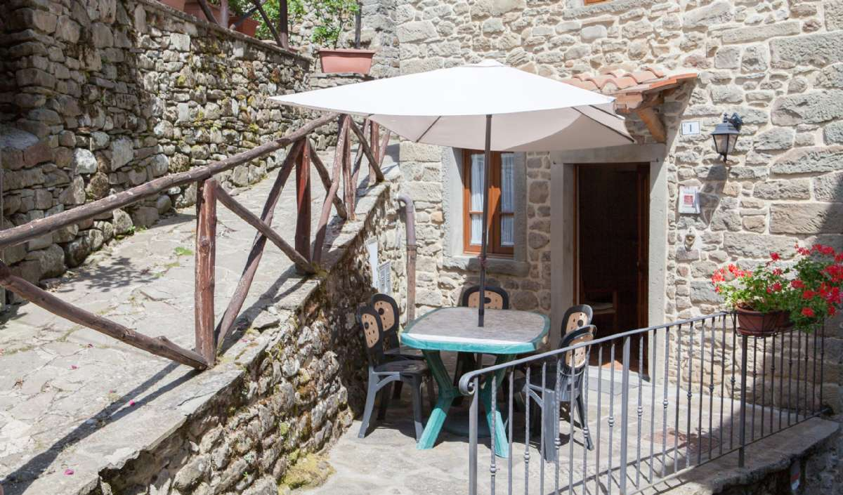 Terrace of the apartment Ribustino 1, located 300 meters from the car park