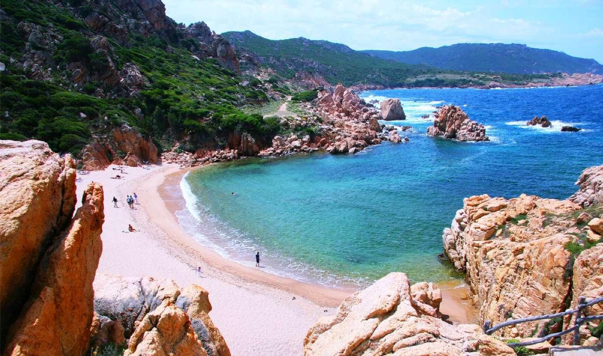 Li Cossi-stranden på Costa Paradiso