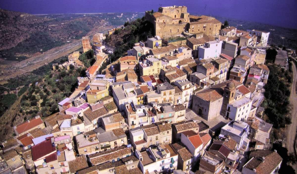 Caronia middelalderlige centrum