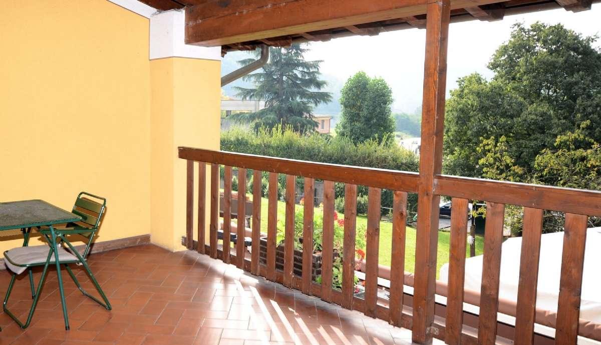 Die Terrasse des Zimmers über dem Restaurant