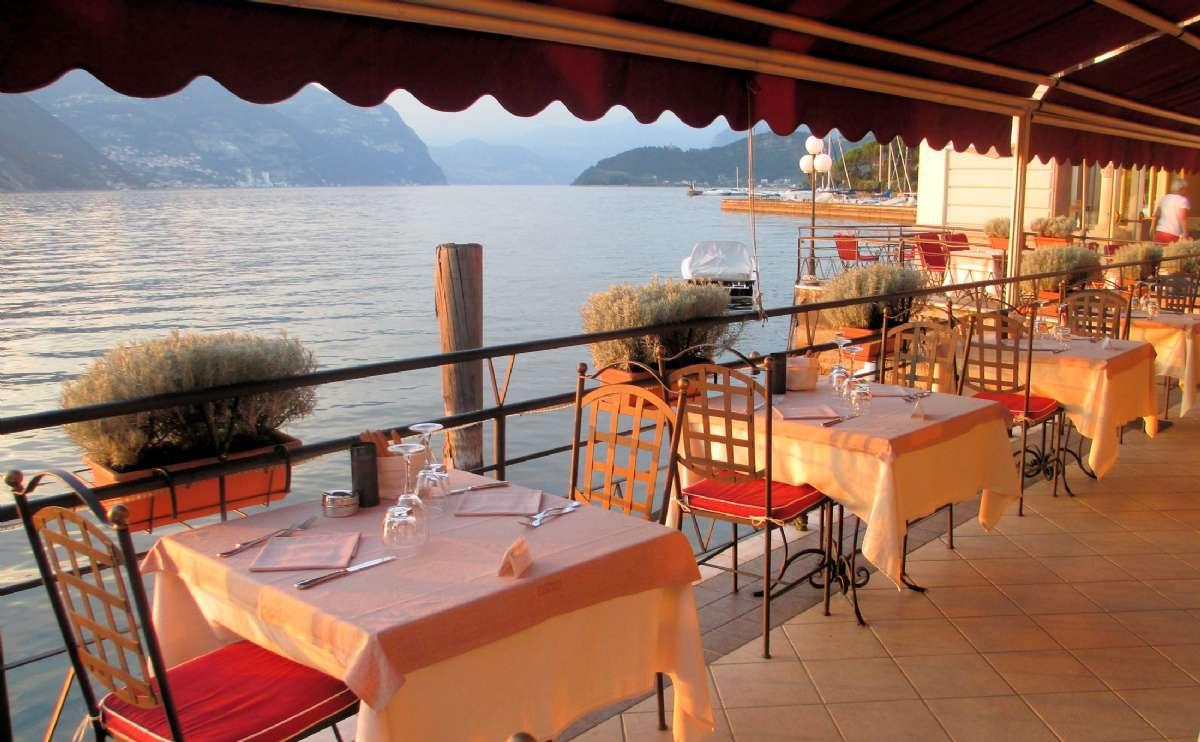 Vem skulle inte vilja äta sin middag här?