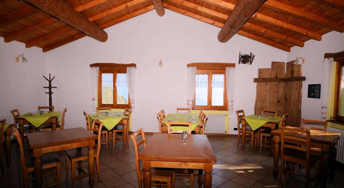 The cozy restaurant