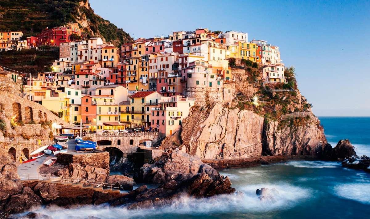 På rejser til Cinque Terre kommer du bl.a. forbi Vernazza