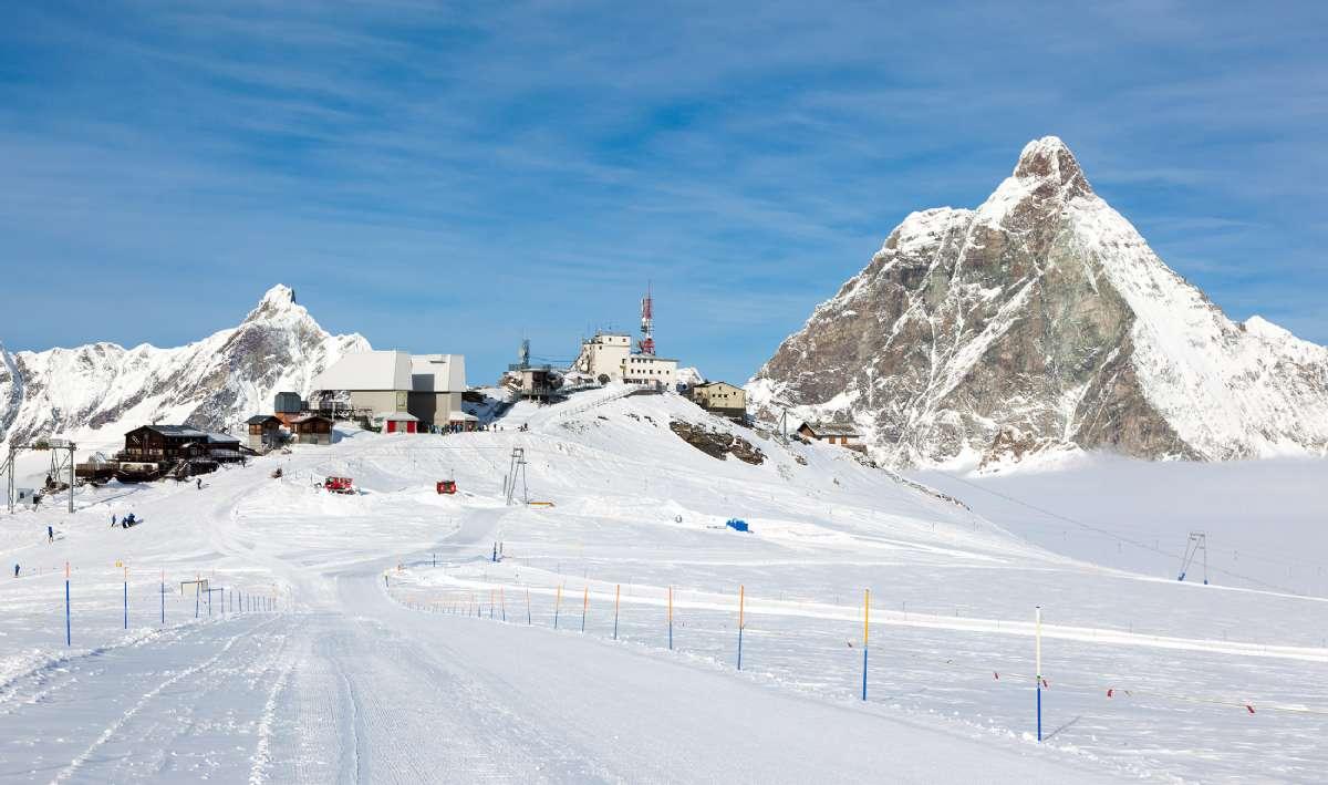 Det 4.480 meter høje bjerg Matterhorn – også kaldet Tobleronebjerget