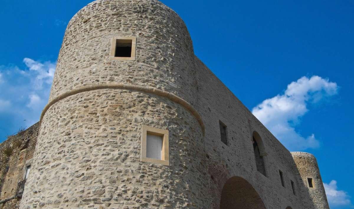 Bernalda Castle