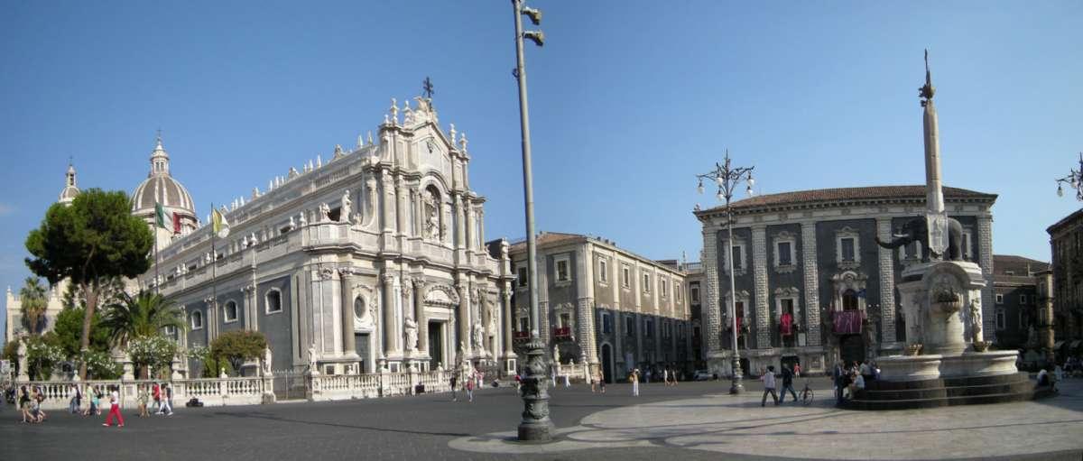 Det är möjligt att uppleva mycket vacker arkitektur på en resa till Catania på Sicilien (foto: Wikimedia Commons - Leandro Neumann Ciuffo)