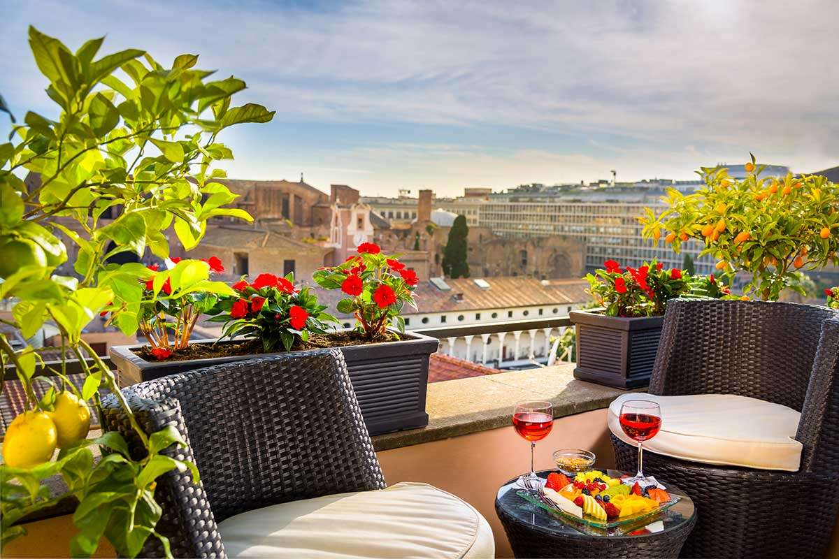 Nyd ferien på din private terrasse