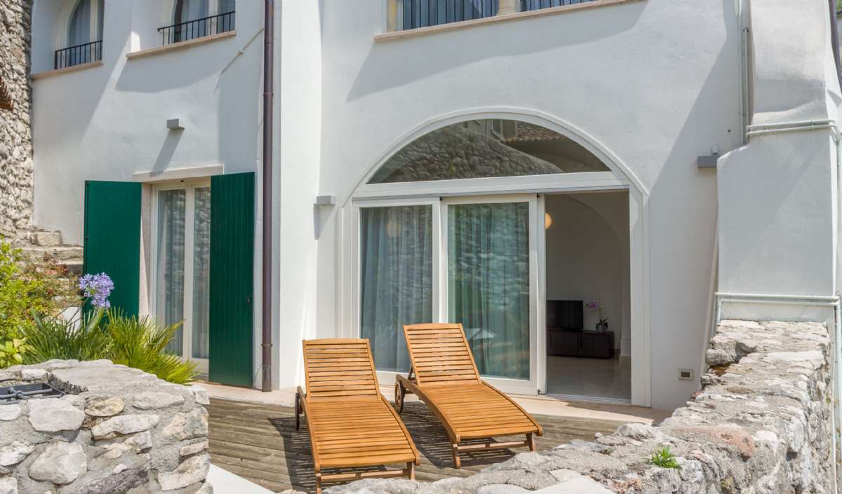 Terrass till lägenhet Peschiera