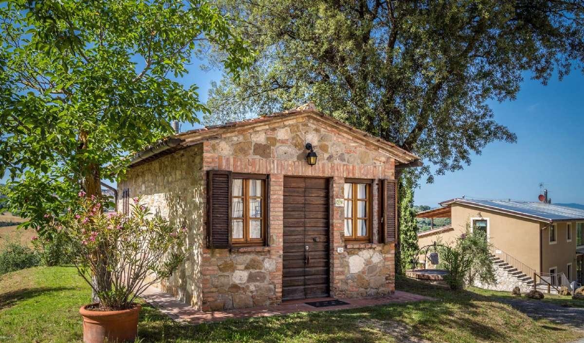 Rummet La Noce ligger i ett självständigt litet hus