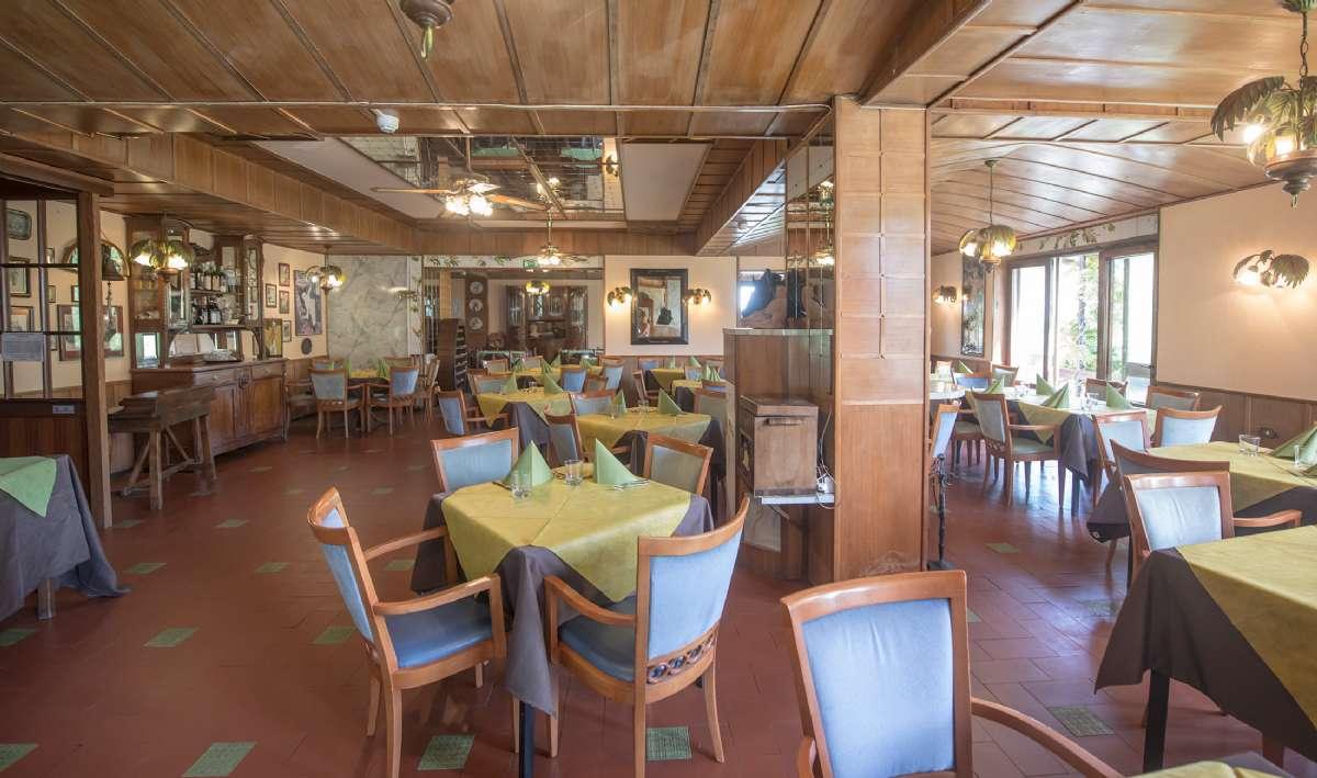 Restaurangen i jugendstil är en sällsynt syn