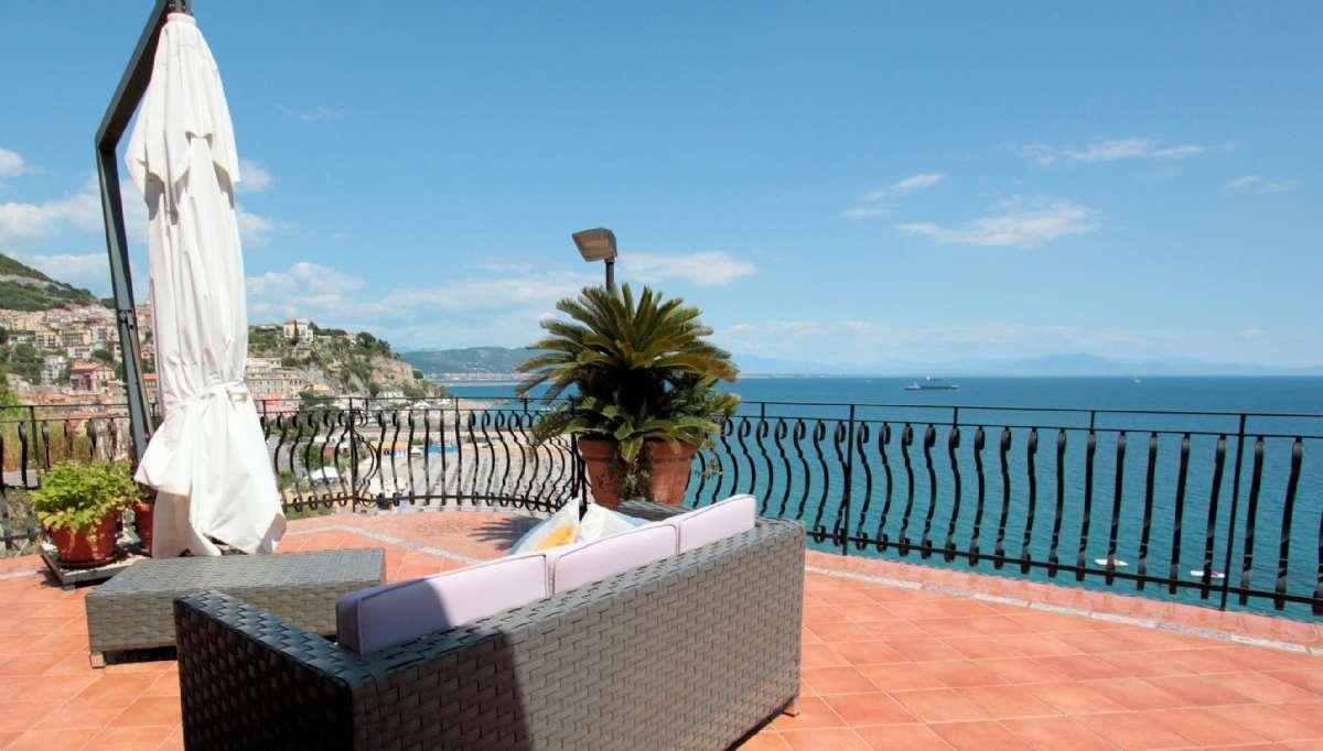 Den fælles terrasse