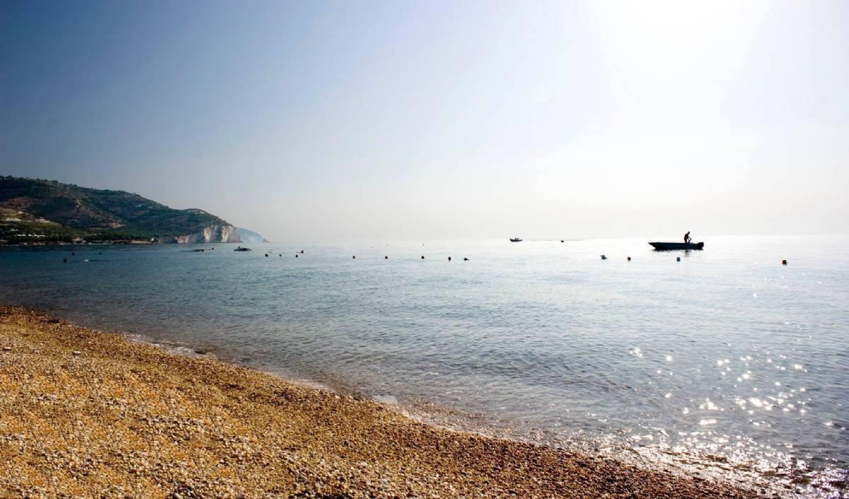 Solopgangen ved stranden