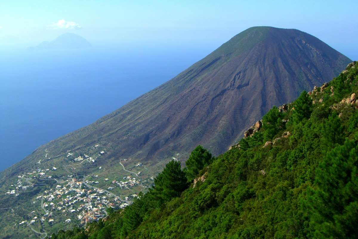 Aussicht von Monte Fossa delle Felci (962 m über dem Meeresspiegel)