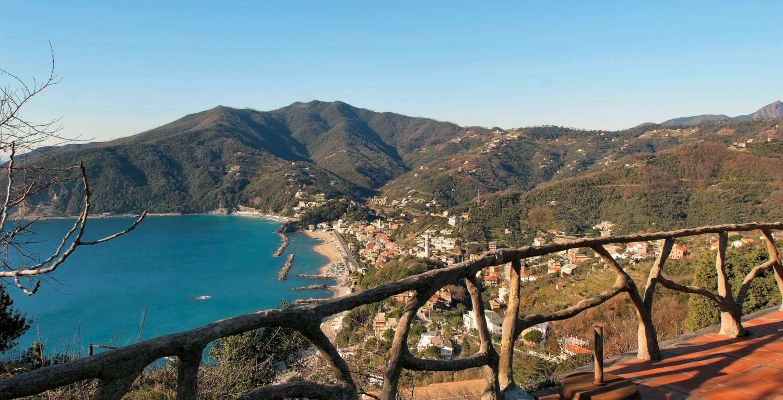 Utsikt över Moneglia från terrassen