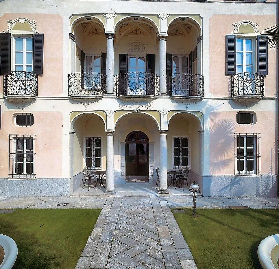 The grand Villa Gippini