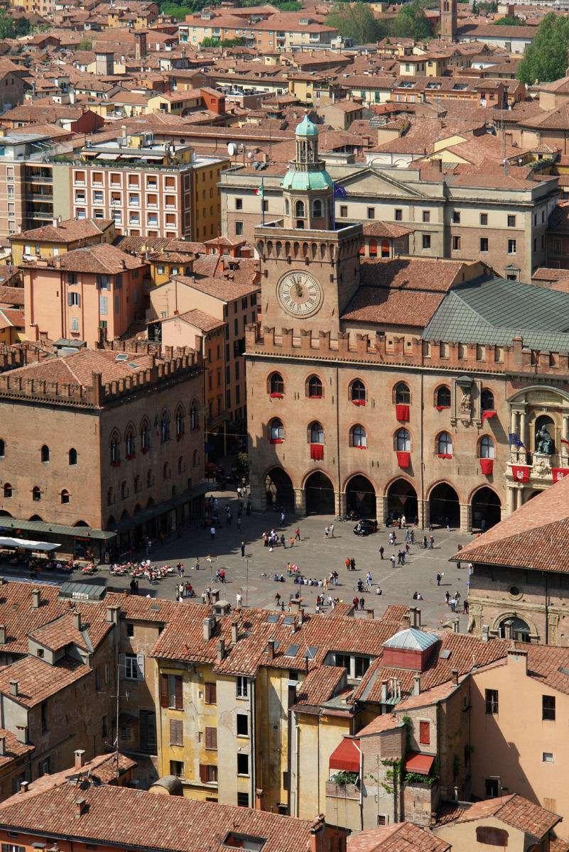 Bologna bjuder på skön stämning året runt då det är en universitetsstad