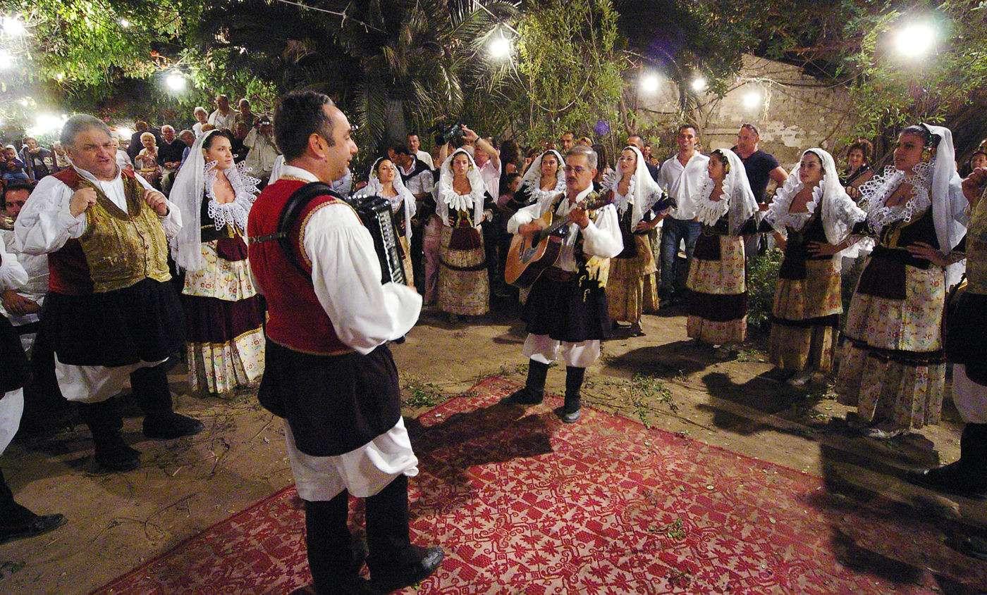 Sardisk folkfest