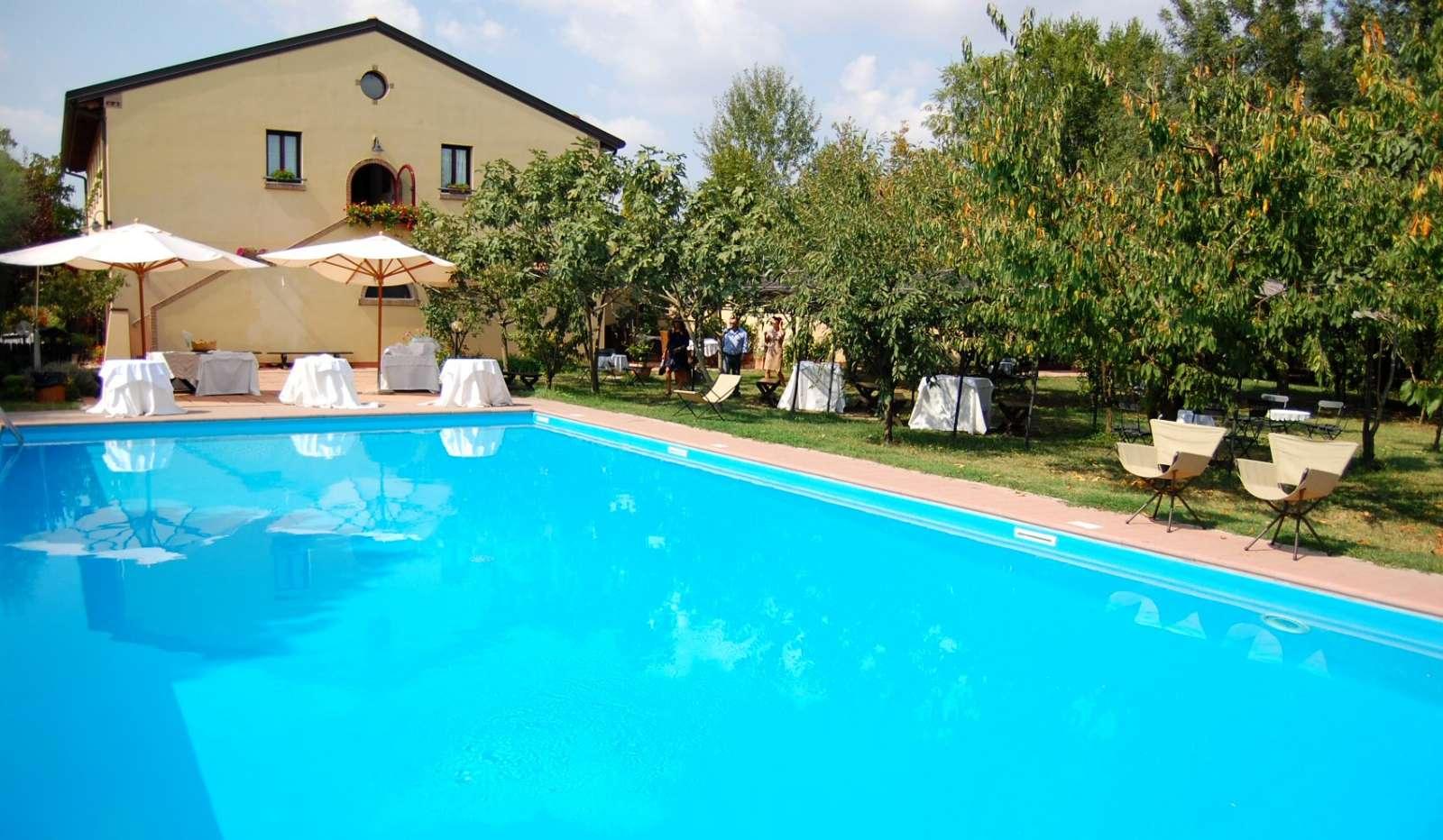 Poolen er blot et af de mange højdepunkter på Villa Belfiore