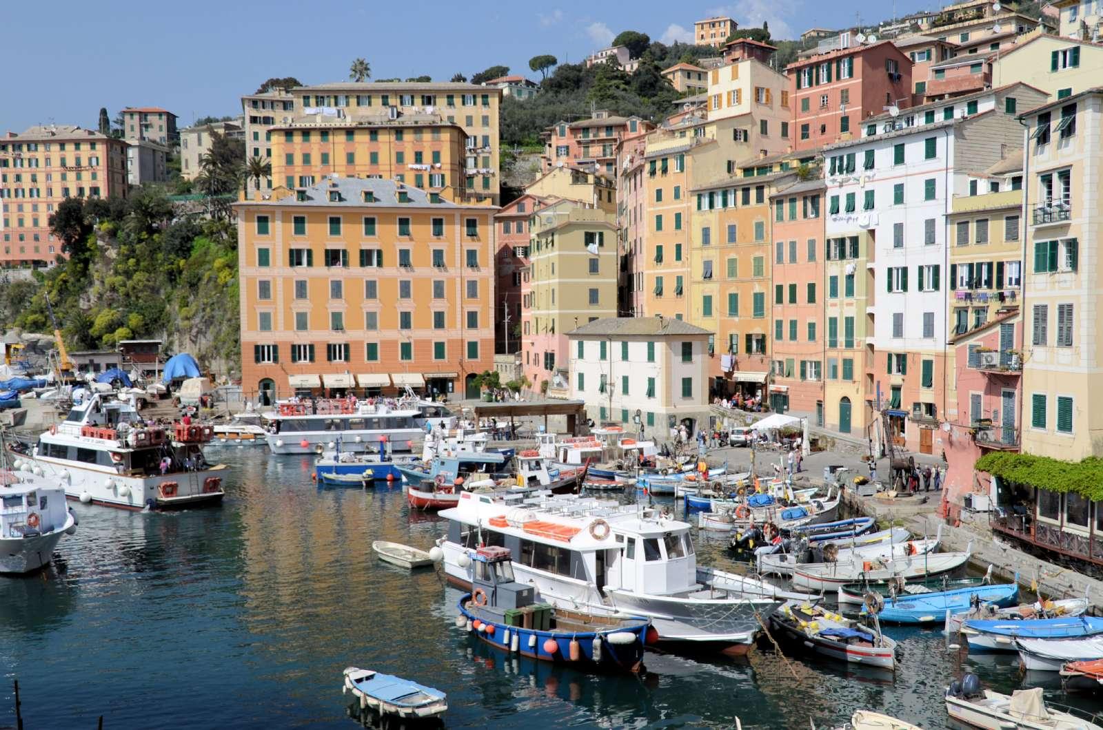 Der kleine Hafen in Camogli