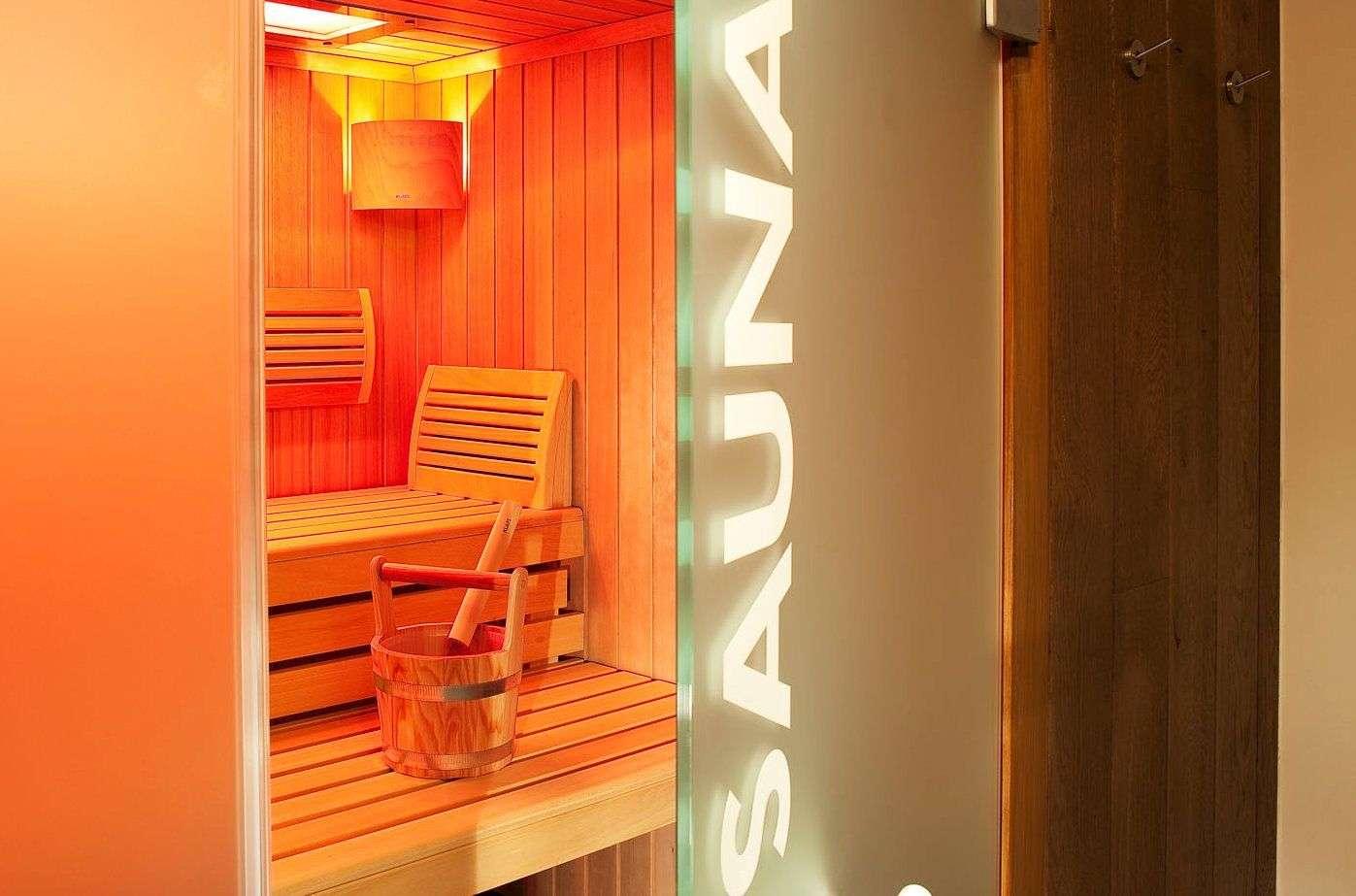 Hotellets sauna i kælderetagen