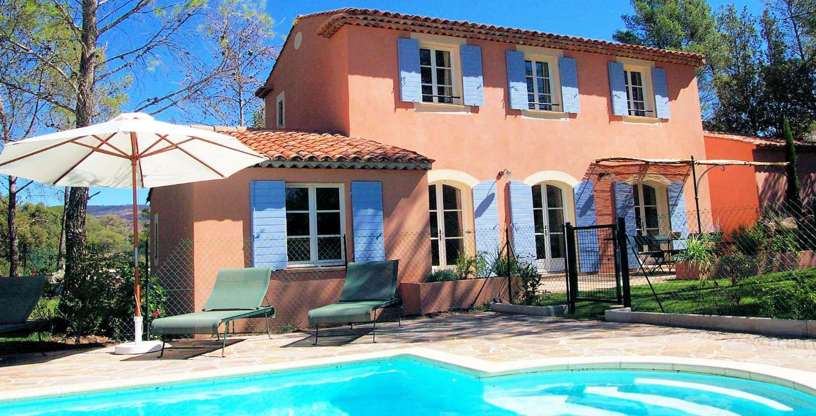 Villa med privat pool