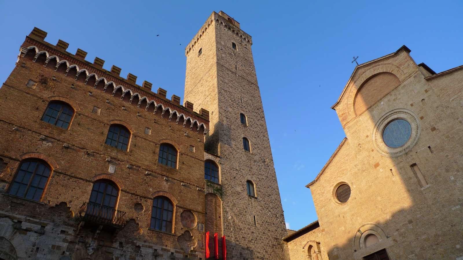 Huvudtorget i San Gimignano