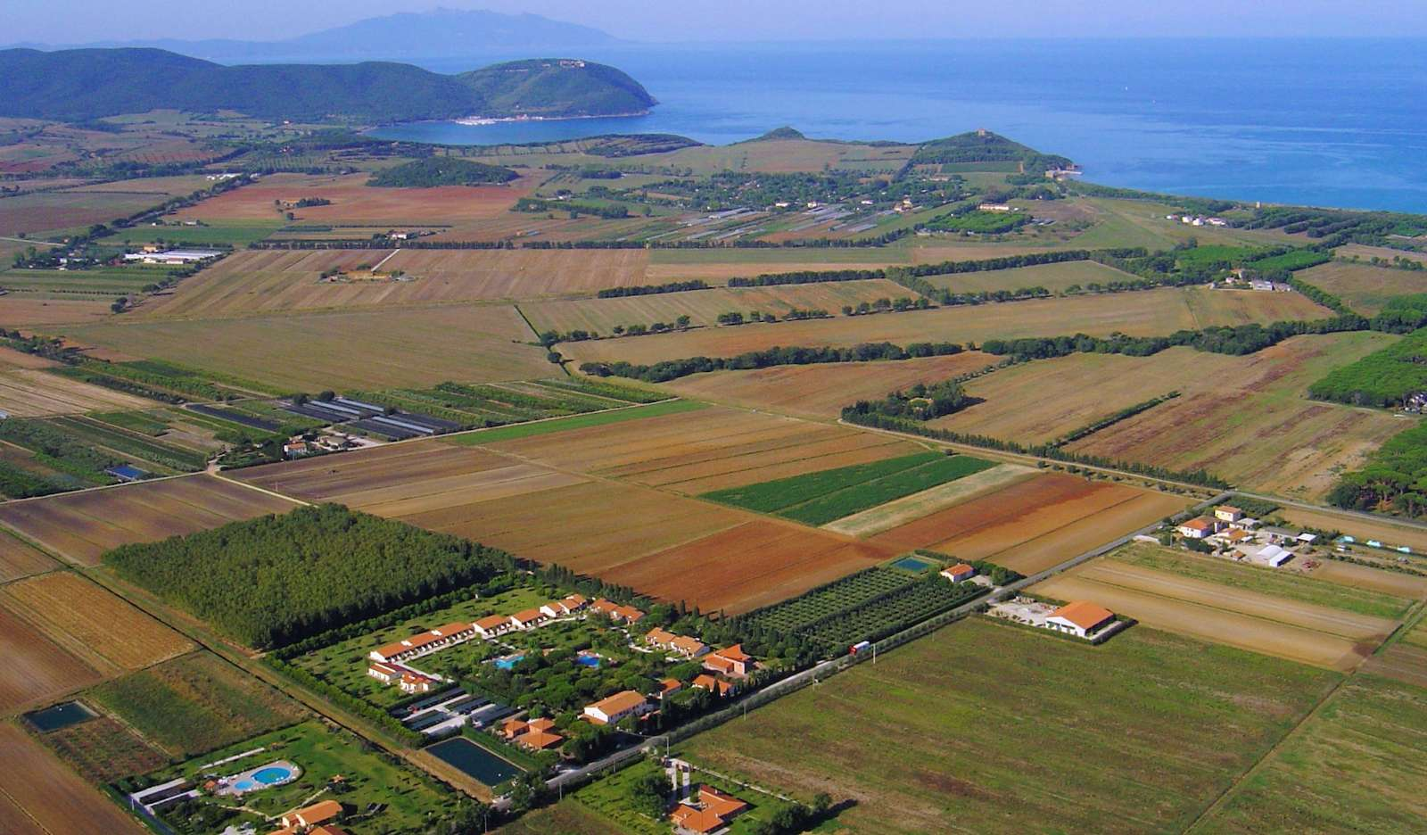 The area around Ghiacci Vecchi from the air