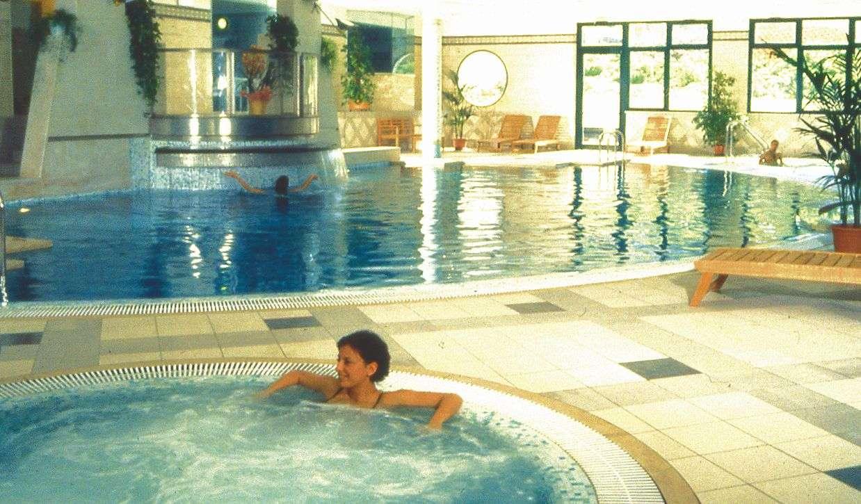 Invändig pool på Parc Hotel Gritti
