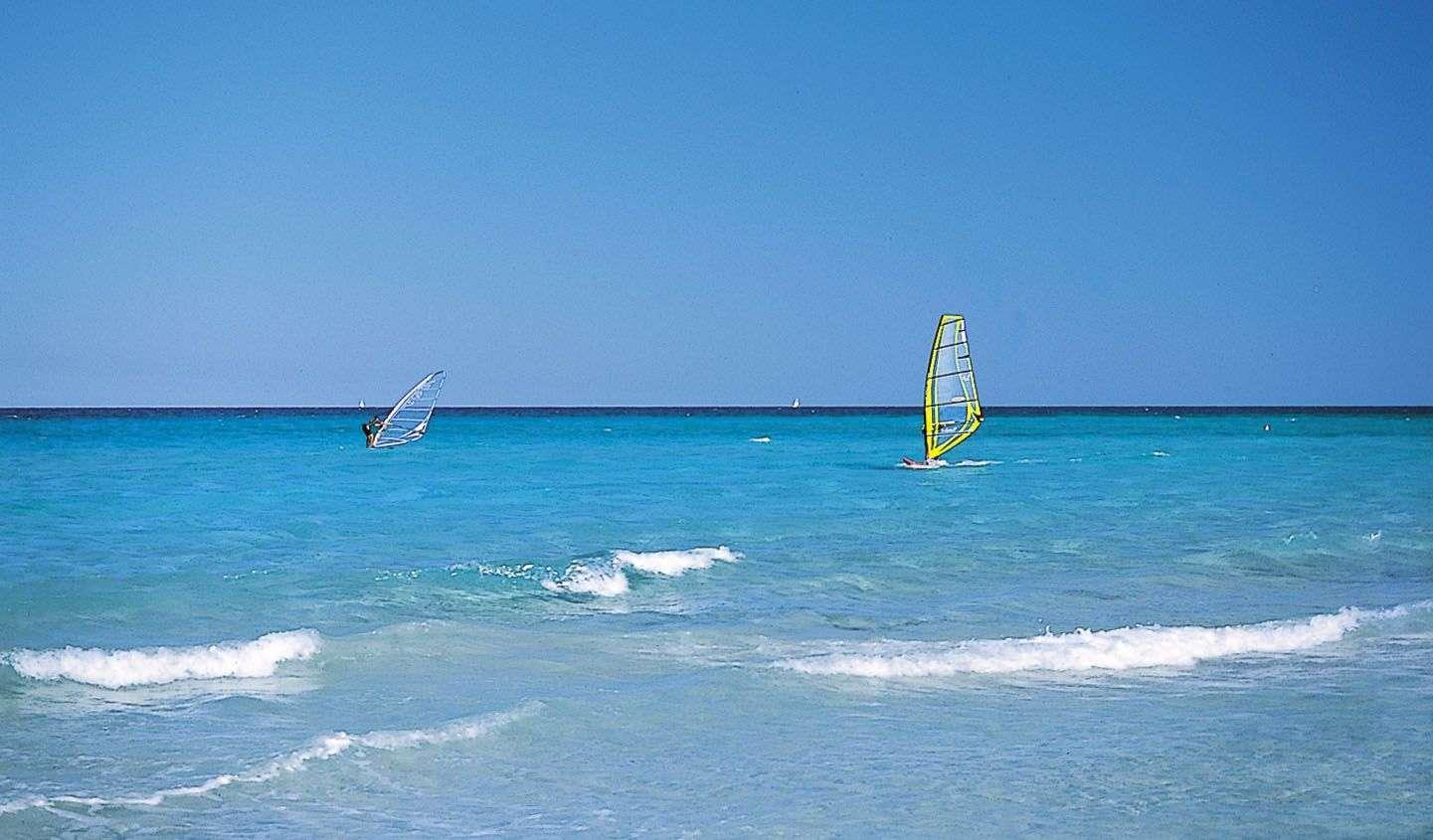 Et sandt paradis for windsurfere