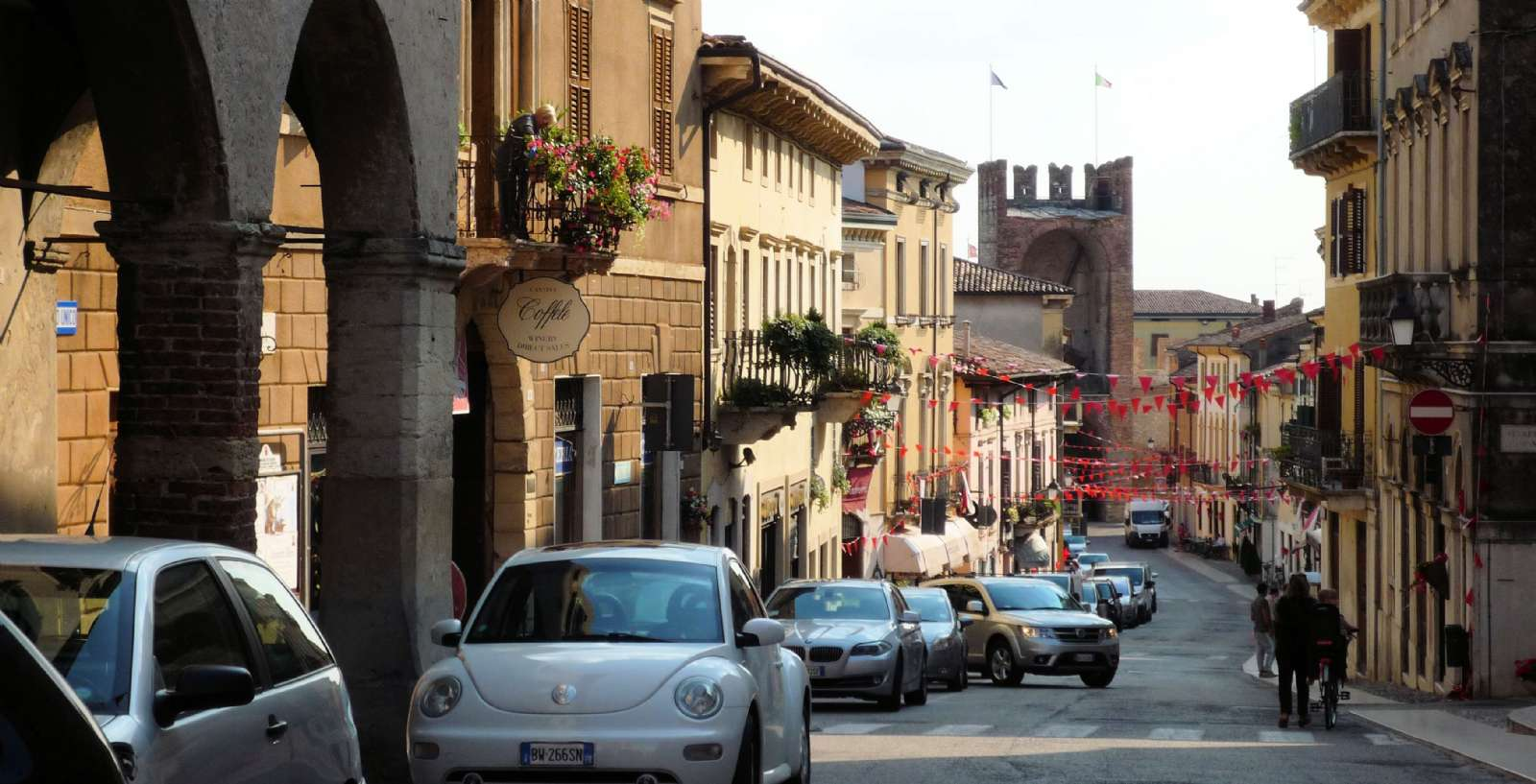 Soave bymidte