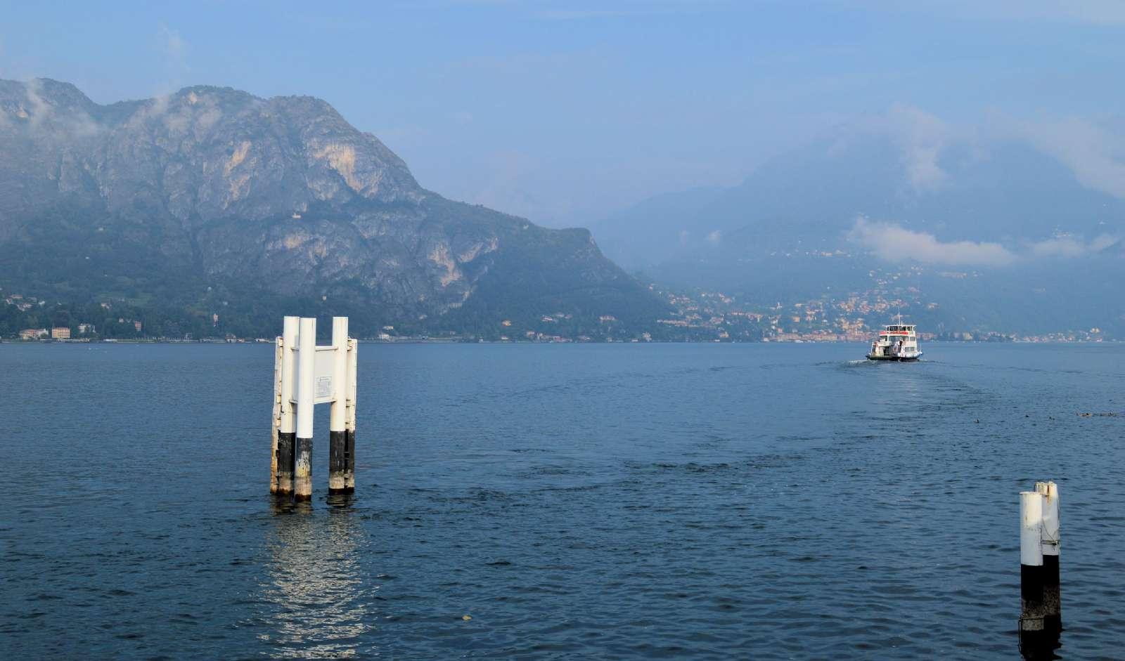 Färjorna på Comosjön seglar non stop