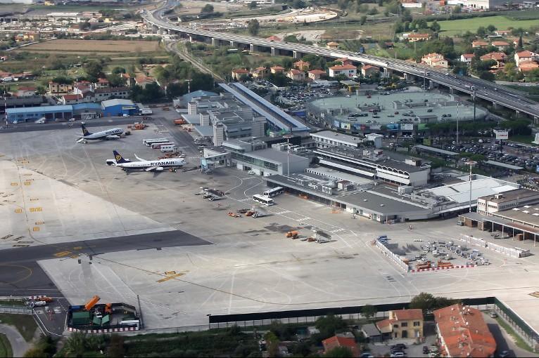 Flyselskaber Pisa lufthavn